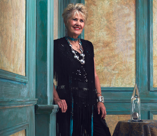 """Janie Fricke Set To Present At 53rd Annual CMA Awards and Celebrates 35th Anniversary Of Three #1 Hits Including """"Let's Stop Talkin' About It,"""" """"Your Hearts Not In It"""" and """"A Place To Fall Apart"""" With Merle Haggard"""