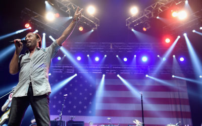 "Lee Greenwood Celebrates 35th Anniversary Of Signature Hit Song ""God Bless The USA"""