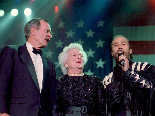 Lee Greenwood Remembers President George H.W. Bush