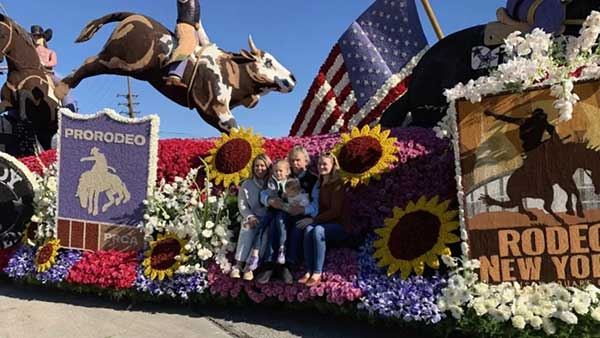 RFD-TV & Cowboy Channel float wins Showmanship Award at 131st Annual Rose Parade