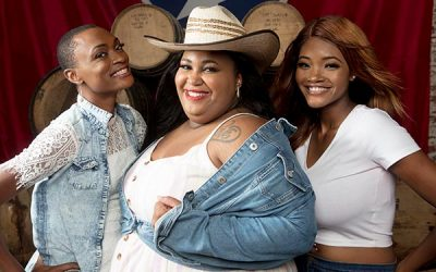 """Country Trio Chapel Hart Release Debut Single """"Jesus & Alcohol"""" With Exclusive CMT Video Premiere"""